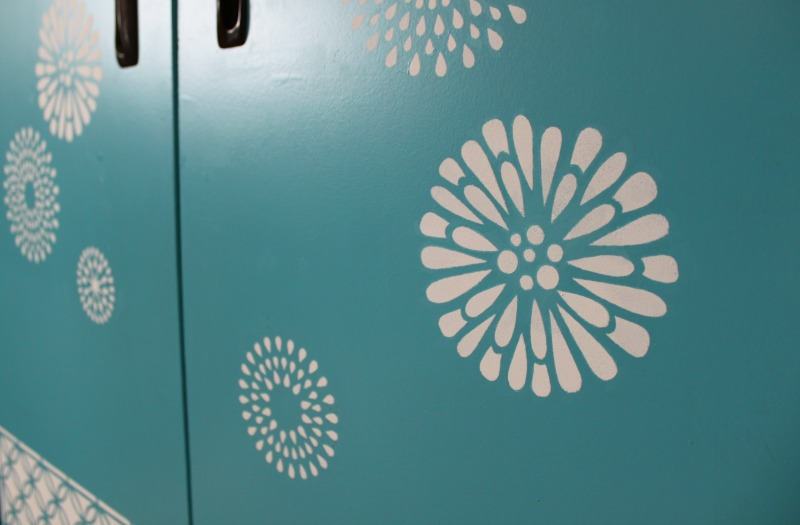 Stenciled Storage Cabinet | dakotamidnyght.com DIY repainted and stenciled storage cupboard.