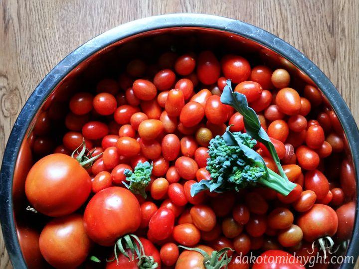 tomato bowl