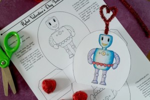 Free Valentines Day Download Robot Treatbox (both color and color it yourself versions) from DakotaMidnyght.com