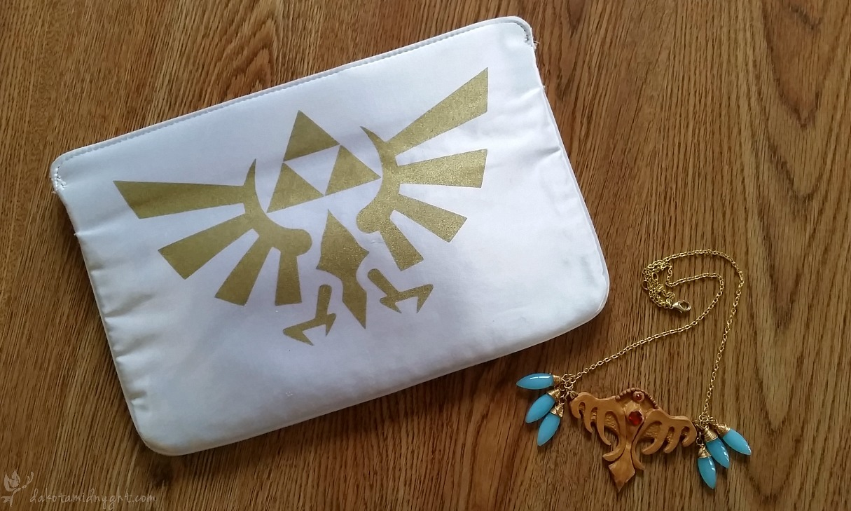 50's Film Noir/Fantasy Zelda's Clutch/Necklace (Link & Zelda Cosplay at Miscon 2016)